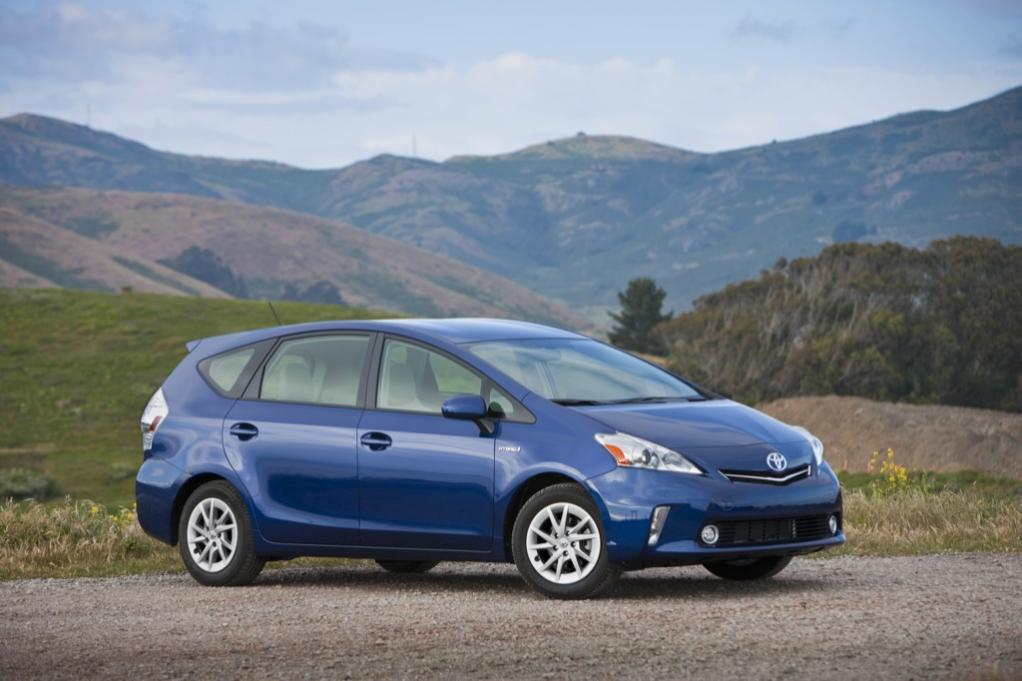 Toyota Prius V Reviews - Toyota Prius V Price, Photos, and ...