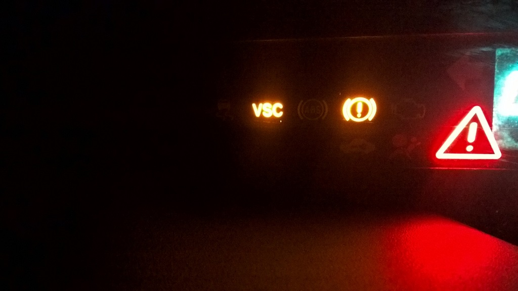 Fixed Just Bought My 2004 Prius Some Lights On Red Triangle Vsc And Red Car