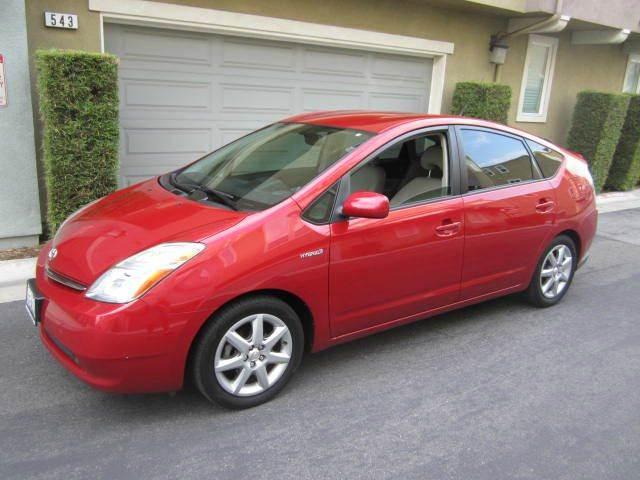 2008 red Prius 01.jpg