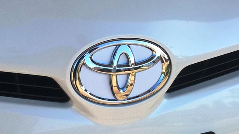 front badge white.jpg
