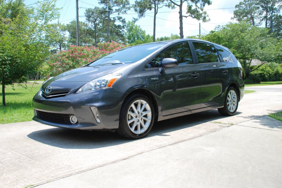 sold 2013 prius v lowercase v 5 door wagon excellent condition with new tires priuschat. Black Bedroom Furniture Sets. Home Design Ideas