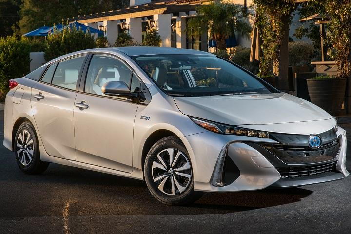 2017-Toyota-Prius-Prime.jpg