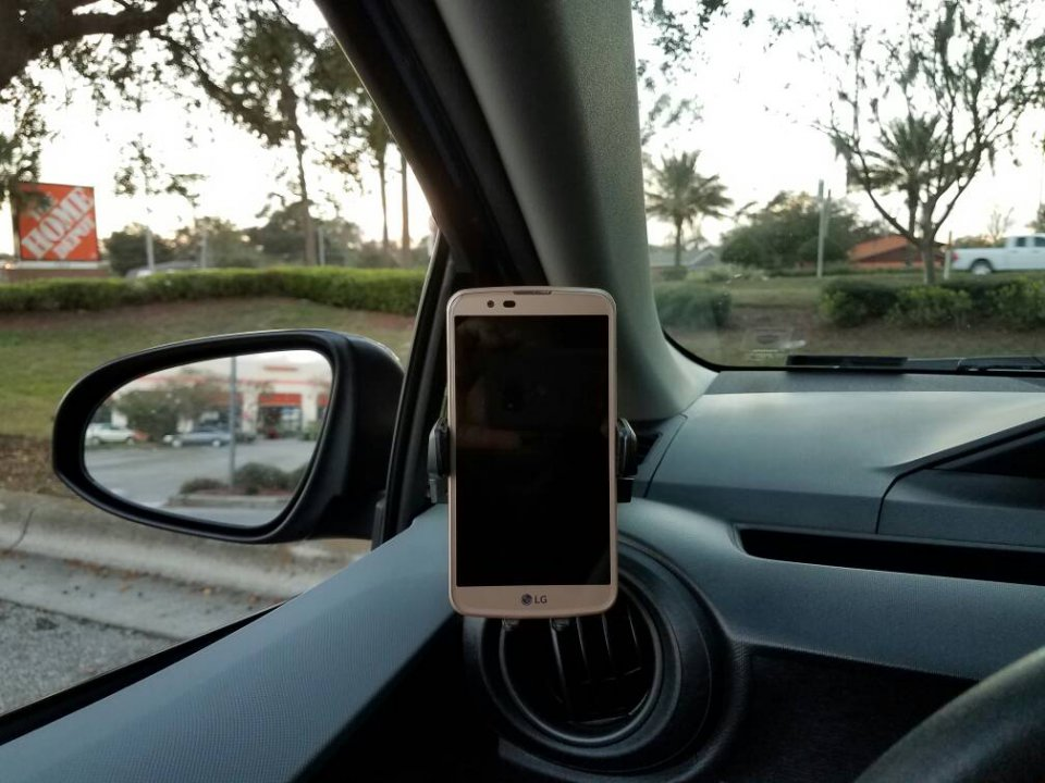 Car GPS Air Vent Mount Magnet Cell Phone Holder Stand For