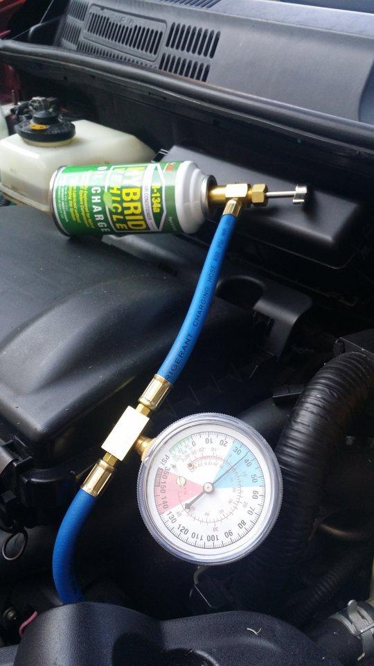 Prius Ac Charge 06 Jpg