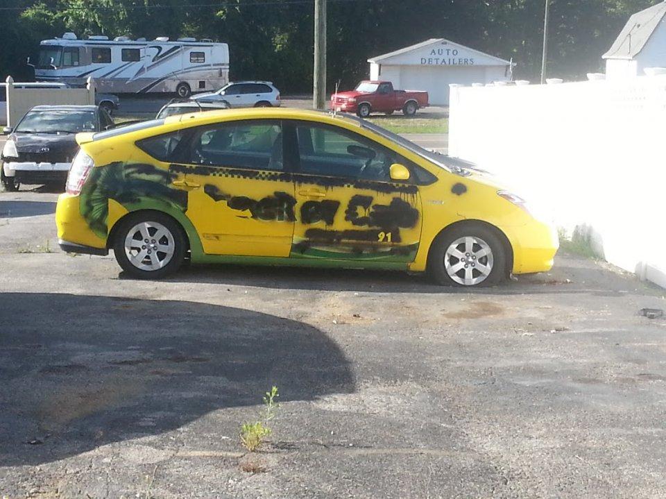 Beater Prius.jpg