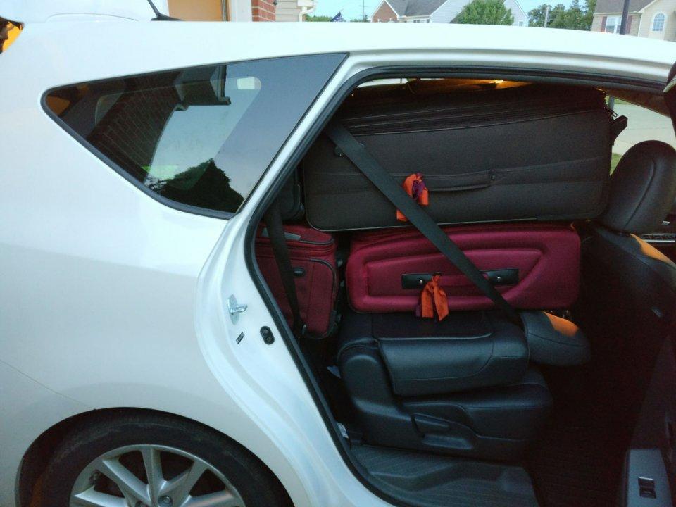 Prius V Luggage 3 Jpeg