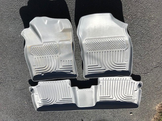 For Sale 2012 Prius Husky Liners Floor Mats And Cargo