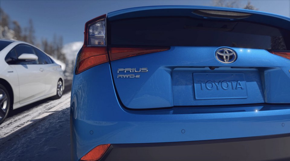 2019_Toyota_Prius_Limited_07_EE1374DF2D78291DA0A03B30639276FE676194F9-1600x889.jpg