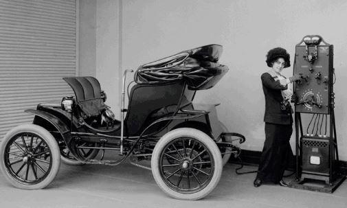 Early-electric-vehicle.jpg