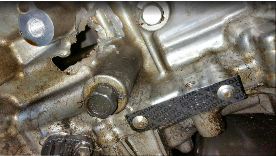 Hole in Prius V engine.png