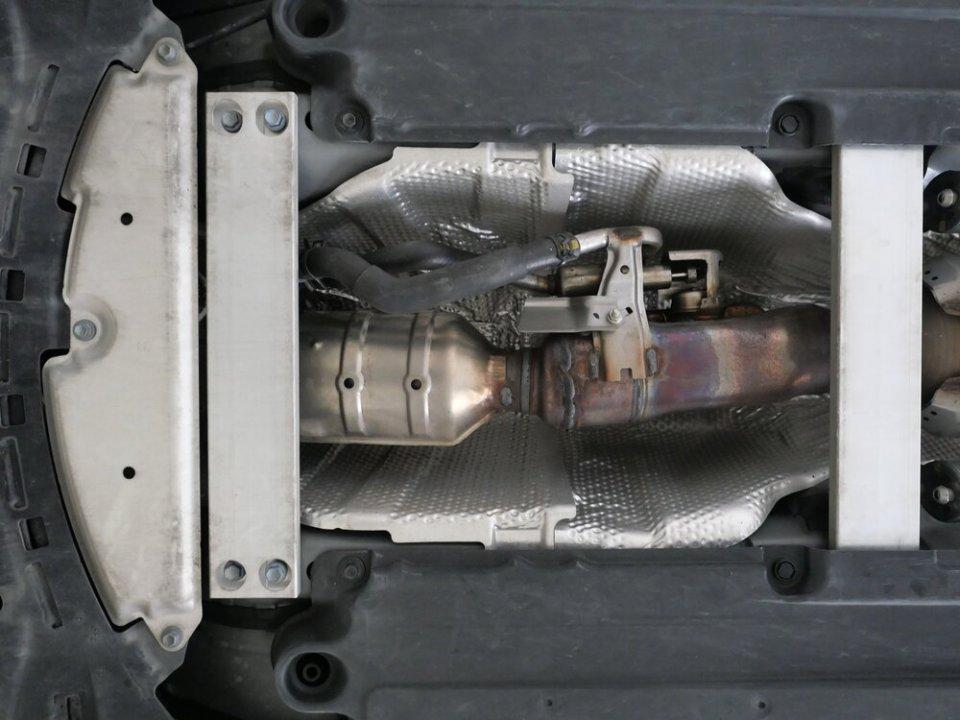 Prius Gen 4 exhaust.jpg