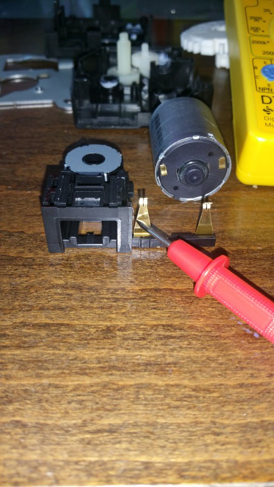Servo motor connectors.jpg