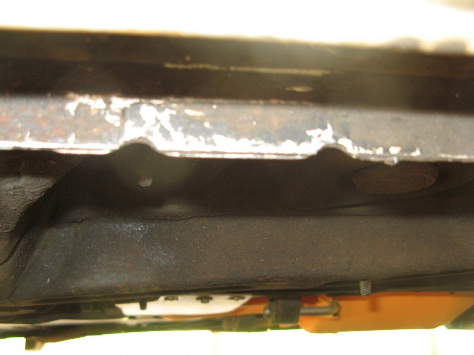 knife edge pinch weld.JPG