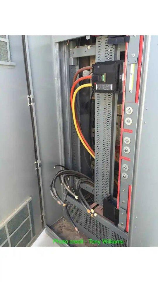 barstow-supercharging-station-vandalized-via-tony-w-2.jpg